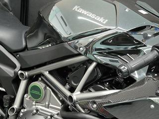 カワサキ H2R スーパーチャージャー